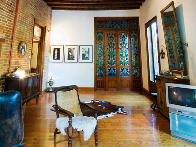 apartment barcelona 4 bedrooms born area with balcony and ...