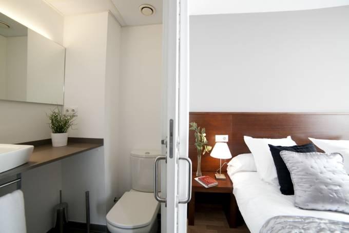 Plaza catalunya 3 barcellona appartamenti appartamenti for Appartamenti barcellona affitto annuale