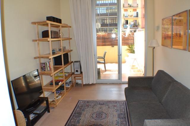 Appartamento con terrazza e 2 camere dopie eixample for Affittare casa a barcellona