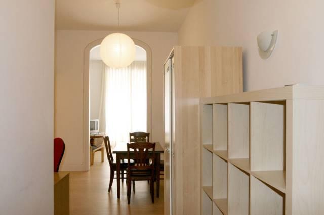 Appartamento con terrazza e 2 camere dopie eixample for Camere in affitto a barcellona