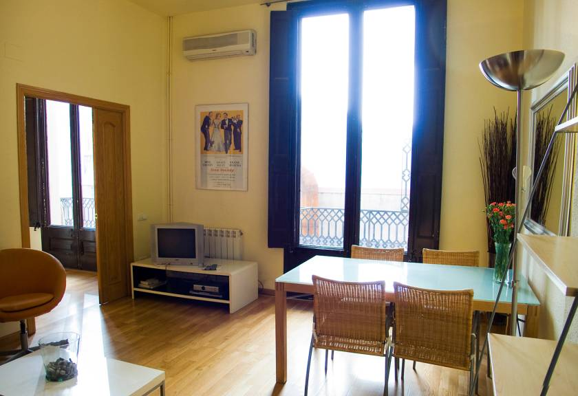 Marvelous Ramblas|Plaza Real 3 Barcelona Apartments | Barcelona Apartment Rentals |  Rental Apartments In Barcelona